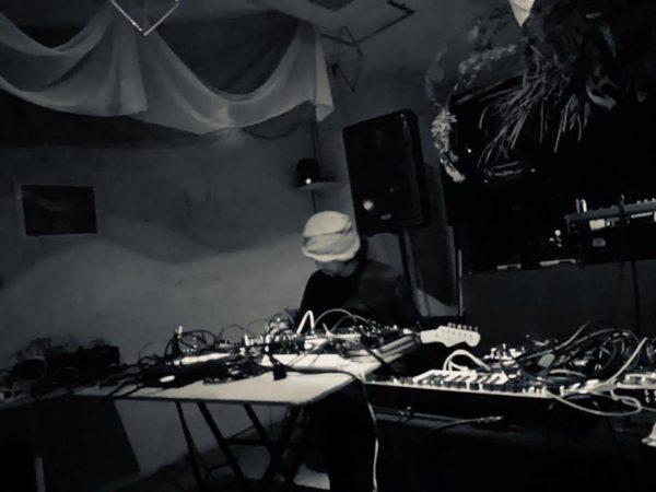 Threshold Vol.8 live
